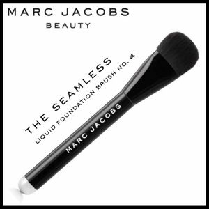 Marc Jacobs The Seamless - Liquid Foundation Brush
